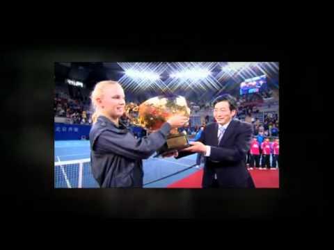 Watch Liezel Huber / Lisa Raymond v Ekaterina Makarova / Elena Vesnina - Wimbledon WTA Slam | PopScreen