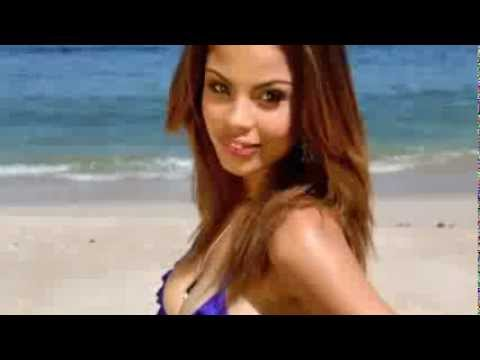 Bikini Beach - Summer shoot with Stacy Anderson | PopScreen