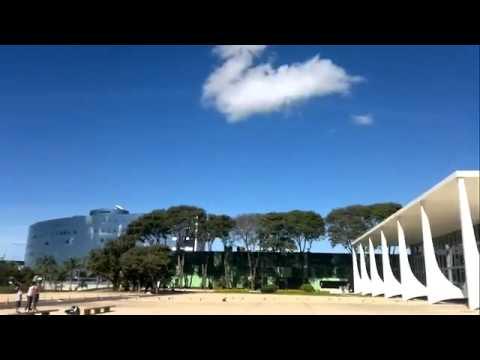 Rasante de caças da Aeronáutica estoura vidros do Supremo Tribunal Federal - [OFICIAL] | PopScreen