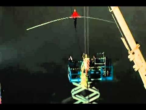 Nik Wallenda Completes Tightrope Walk Over Niagara Falls | PopScreen