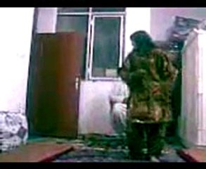 BALOCHI GIRL DANCE IN ROOM | PopScreen
