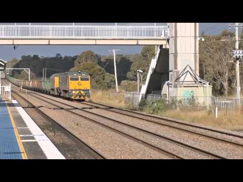 Ore Train With Cootes / Greentrains Locomotives - Australian Railways, Railroads and #1 Trains | PopScreen