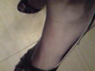 High Heels & black stockings   PopScreen