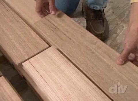 Hardwood flooring guide popscreen for Hardwood floors popping