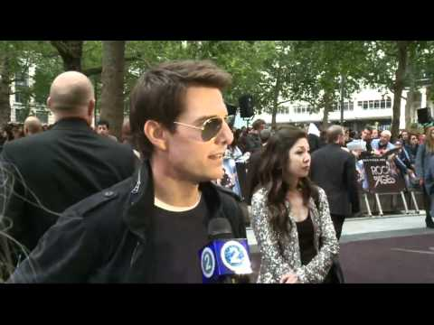 Tom Cruise and Katie Holmes are getting divorced | PopScreen