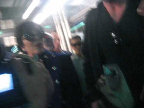 Kim Kardashian and Kris Jenner MEETING fans in Chicago | PopScreen