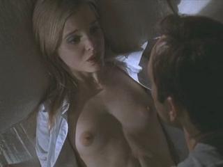 Mena Suvari (Nude-Clip)(American Beauty) | PopScreen