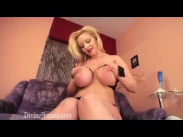 Sophie Mei DivineBreasts.com Big Boobs Beautiful Blond | PopScreen