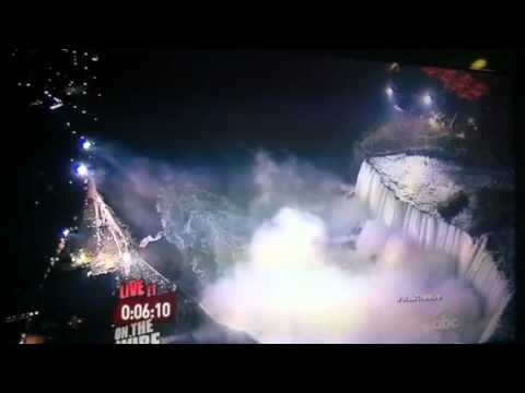 Walk the Wire on ABC Niagara Falls Rope Walker Nik Wallenda 1 | PopScreen
