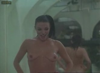Joan Collins-The Stud Nude | PopScreen