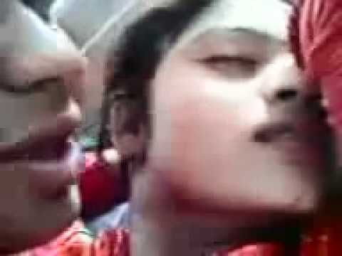 Hot Punjabi mms Boy Kissing A girl desi sexy mobile clip | PopScreen