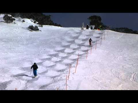 Mogul Skiing at Perisher | PopScreen