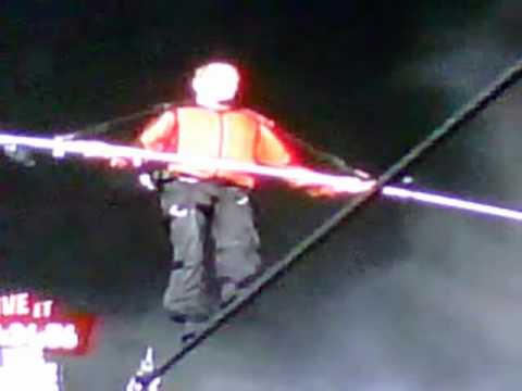 Nick Wallenda Walks Across Niagara Falls [Time 25:21] | PopScreen