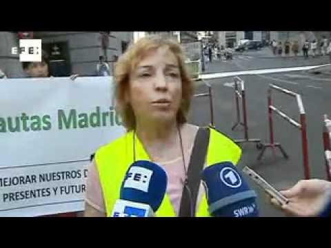 Yayoflautas contra el rescate de Bankia con dinero público | PopScreen