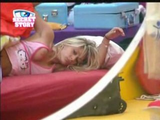 Secret Story 2 / Alice oops Gros Seins Nipslip Big Brother | PopScreen