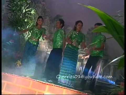 Bayon DVD 30 - Khun Tharavotey + Yon Sopheap - Kolap Meas Bong | PopScreen