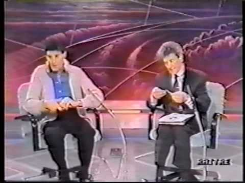 James Randi exposes Uri Geller - part 1 of 4 | PopScreen