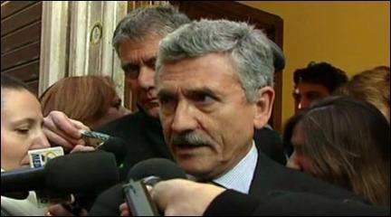 D'Alema - Bersani ha fatto un'ottima relazione (13.01.11) | PopScreen
