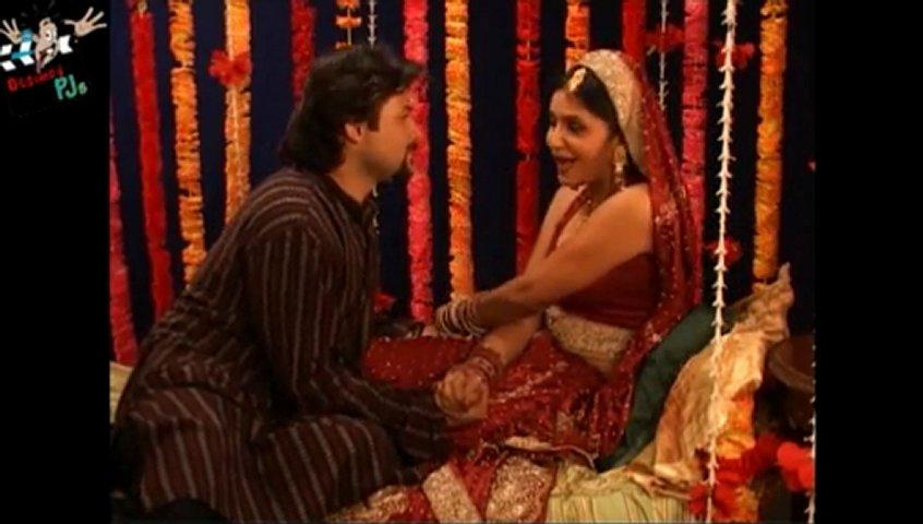 Mallu Aunty Romance With His Husband Bedroom Scene Malayalam Movie