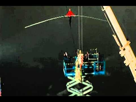 Nick Wallenda WALKS ACROSS Niagara Falls - Man Walks Across Niagrara Falls - Final minutes | PopScreen