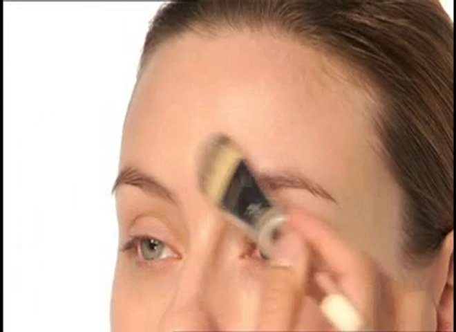 How to Apply Foundation - Clinique Liquid Foundation | PopScreen