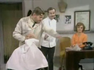 Benny Hill - Le Coiffeur - | PopScreen