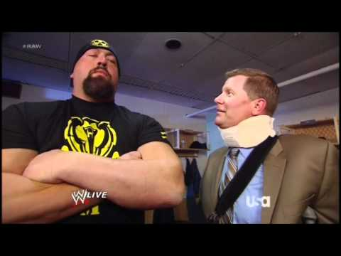 Big Champion Show! RHlxRjZnbE9uQXMx_o_john-laurinaitis-david-otunga-big-show-backstage-segment