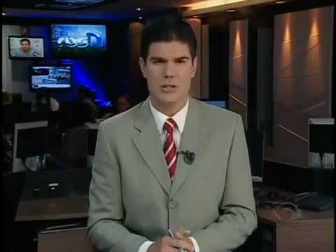 Homem Leva Três Tiros Em Fuga De Assalto E Dirige 1km Na Contramão | PopScreen