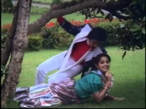 Tamil Romantic Song - Purakale Purakale - Kathal Parisu - Kamal Haasan, Radha | PopScreen
