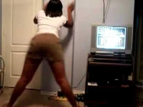 Juicy Ebony Booty Bouncing | PopScreen