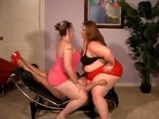 lesbian face sitting: