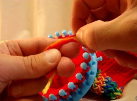 How to Loom Knit: Visor for Newsboy Hat 48 peg loom - YouTube
