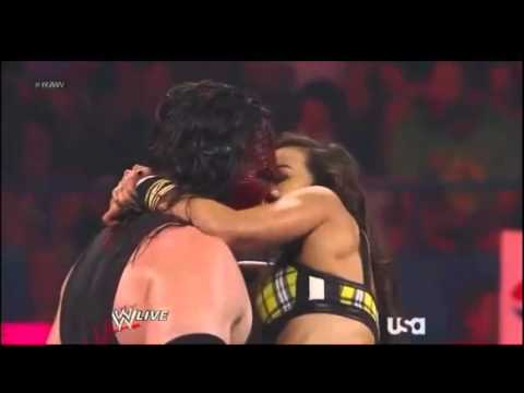 AJ Lee And John Cena Kiss On WWE Raw; Are They Dating