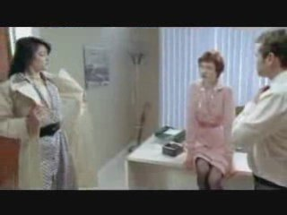2 lesbian kissing hot !!! Oral Intercourse!!lesbian kiss | PopScreen