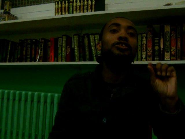 Mohamed Bajrafil - Poème sur la salutation du Prophète | PopScreen