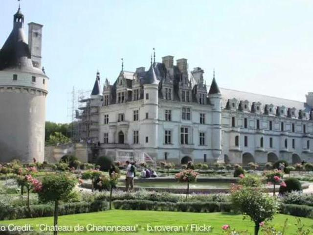 Visit chenonceau castle in france popscreen for Castles to stay in france