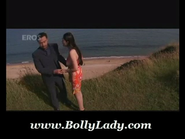 Eight Shani hot  scene www.BollyLady.com