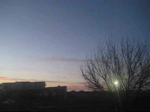 |New|Red UFO Spotted in Melbourne Time-Lapse!! June 18/2012 Afternoon | PopScreen