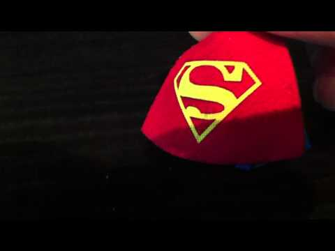 Lego Superman Minifigure review (Special cape) | PopScreen