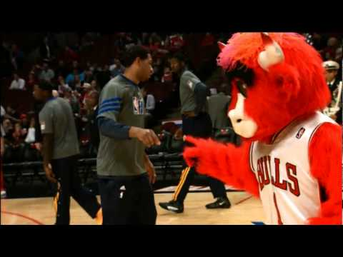 Benny the Bull Pranking the Pacers | PopScreen