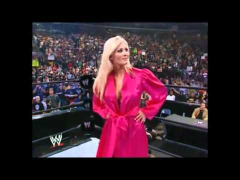 Sable VS Torrie Wilson In A Very Hot Bikini Contest | PopScreen