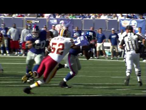 Brandon Jacobs gets HIT | PopScreen
