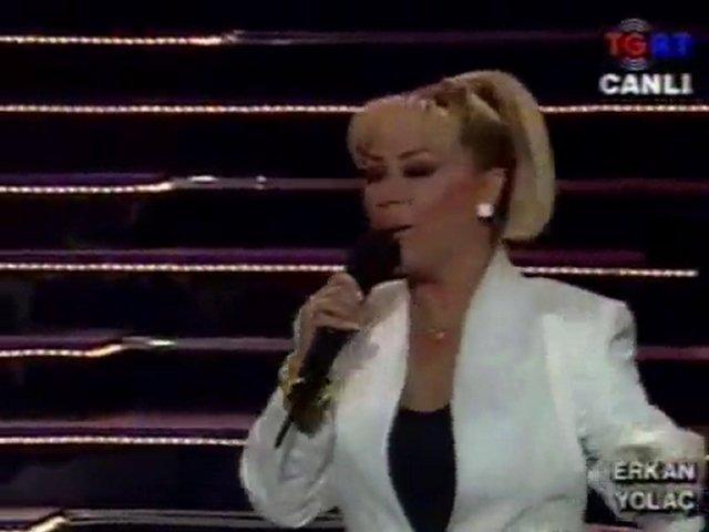 Safiye Soyman-GELEN VURDU GIDEN VURDU video NOSTALJI | PopScreen