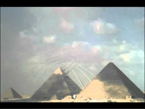 ORIGINAL FULL RESOLUTION VIDEO - Strange Waves around Pyramid in Egypt - Videoarchive 2010 | PopScreen
