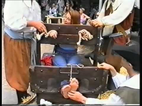 Another girl at Renfaire gets tickled | PopScreen