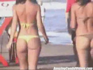 Candid Teens in Thongs at the Beach | PopScreen
