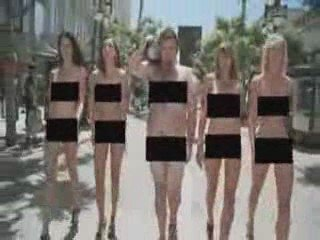 Naked Girls Get Interrupted | PopScreen