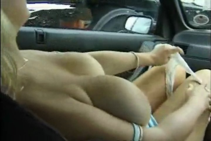 Naked Babe Flashing Trucker | PopScreen