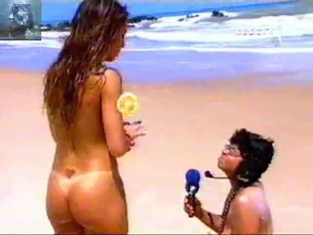 sabrina sato nua praia de nudismo | PopScreen