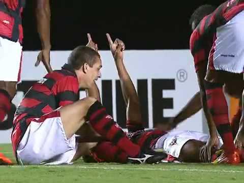 Golaço de Ernandes - Atlético-GO 1 X 2 Fluminense - 6ª rodada do Brasileirão 2012 | PopScreen
